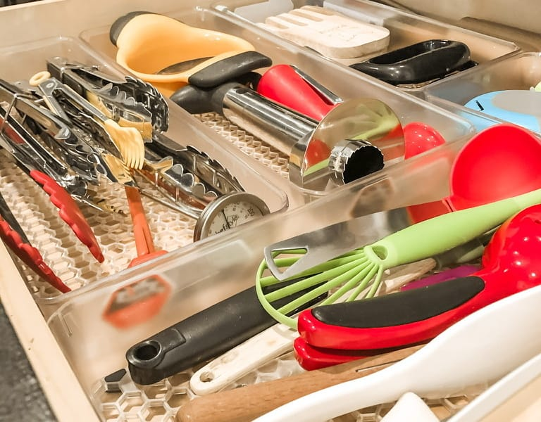 How to Organize Messy Kitchen Drawers in 3 Easy Steps