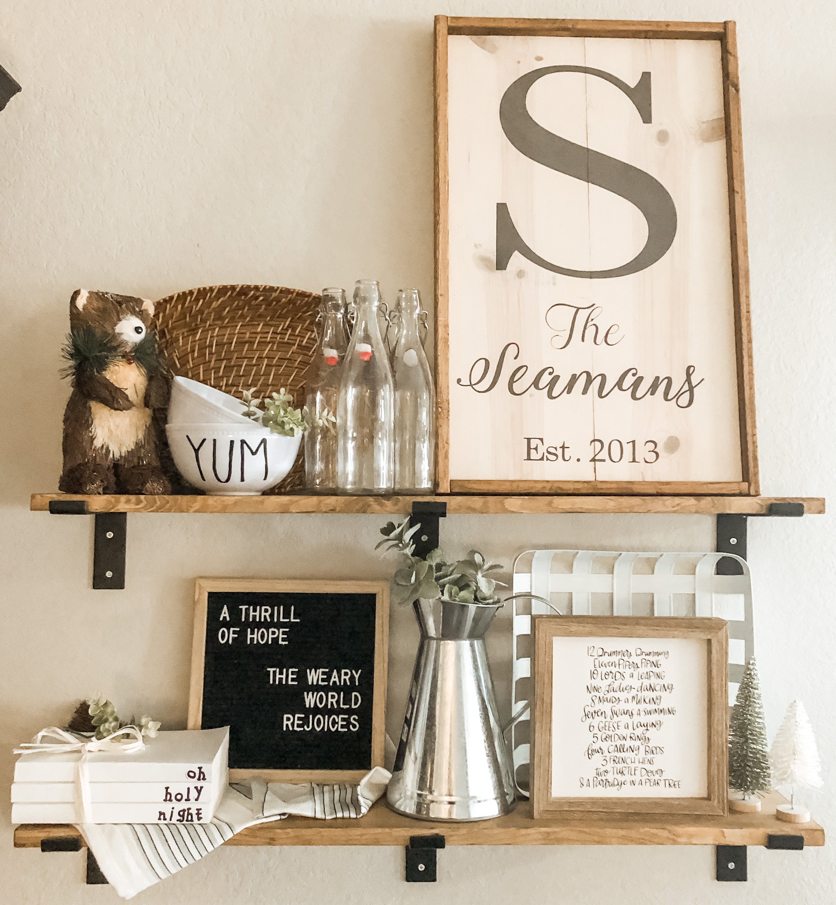 rules for decorating shelves