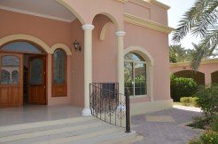 4BR villa with private pool for rent in Saar