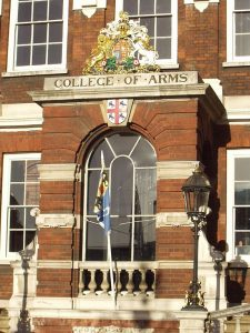Fachada do College of Arms, Londres.