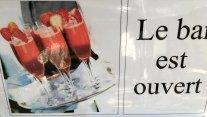 Normandie Honfleur Le Bar est ouvert