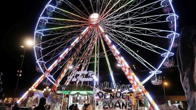 Riesenrad bei Nacht in Monte Carlo Marche de Noel