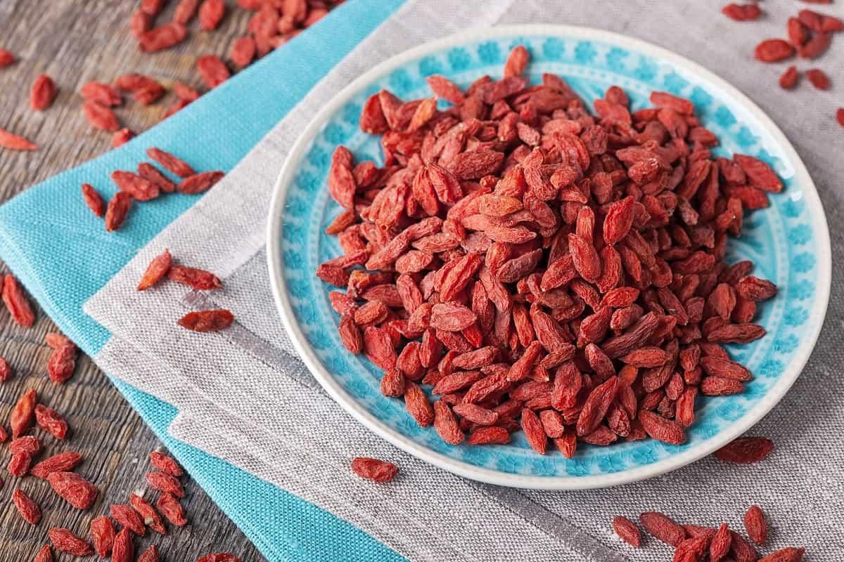 4 Incredible Health Benefits Of Goji Berries Herbbreak