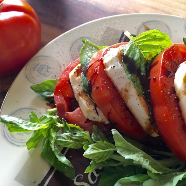 Recipe: Classic Caprese Salad with a Balsamic Glaze