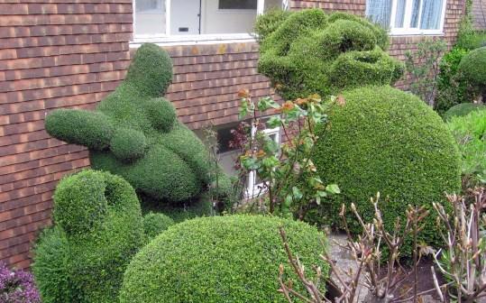 Topiary_Fun_1
