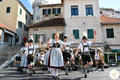 Mali bavarski fest_Praznik mimoze_Trg Nikole Djurkovica (2)