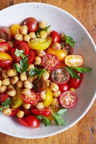 tomato-chickpea-salad
