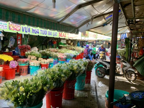 After the morning rush: view of the Ho Chi Minh's Ho Thy Ki flower market