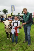 Winner Young Handler Class and William J Twomey Memorial Trophy Sarah Murray, Moate, Co Westmeath with Irish Hereford Society President Ivor Deverell