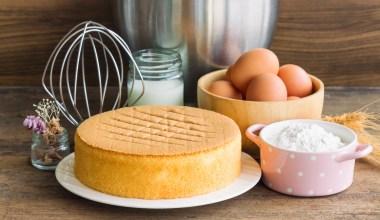 fancy sponge cake