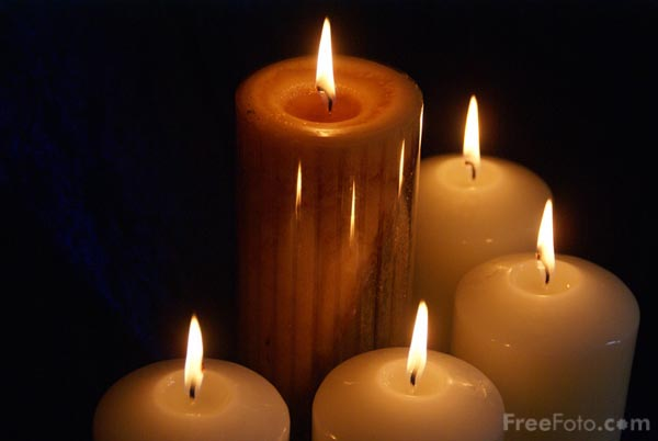 90_20_36-five-advent-candles_web