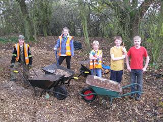 Nunckley Trail young volunteers