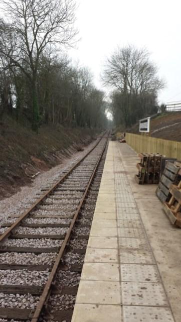 Mountsorrel Station rail and platform