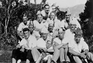 Lower Hutt Footballer's Christmas party. 1929(http://bit.ly/2CMzlyv)