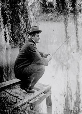 Frank Mason fishing in Waiwhetu Stream, c1890s (http://bit.ly/2AVaXua)