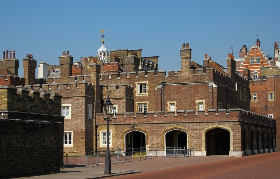 St James's Palace (c) Chuck Slefke