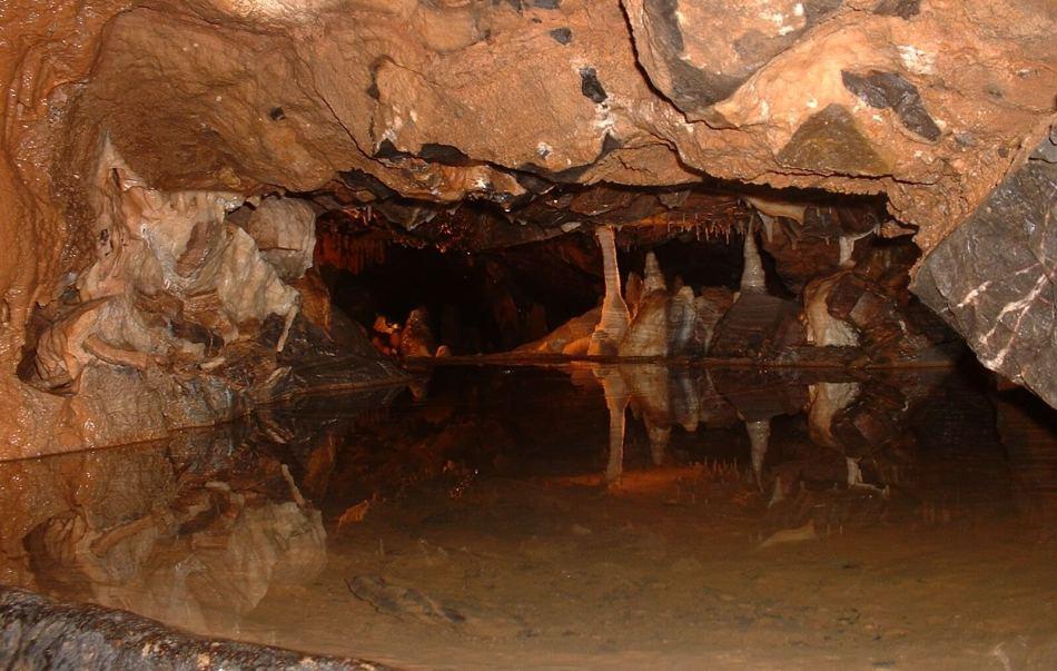 goughs_cave_alladdins_cave-wikipedia