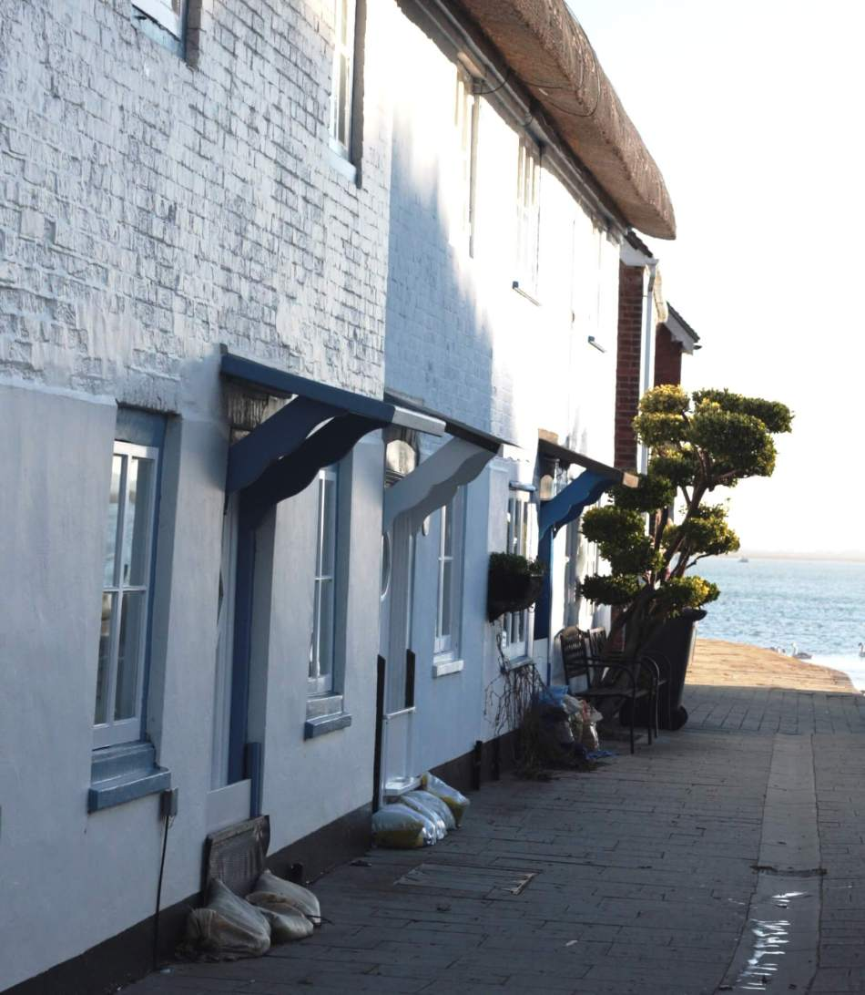 langstone-cottages-with-bargeboards-h-fluck