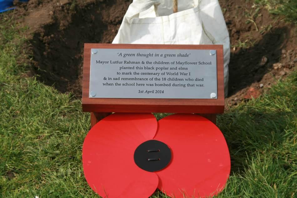 modern commemorative plaque c the docklands & east london asdvertiser