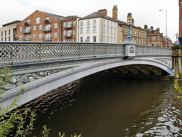 Leeds_Bridge-geograph.org.uk-3481048