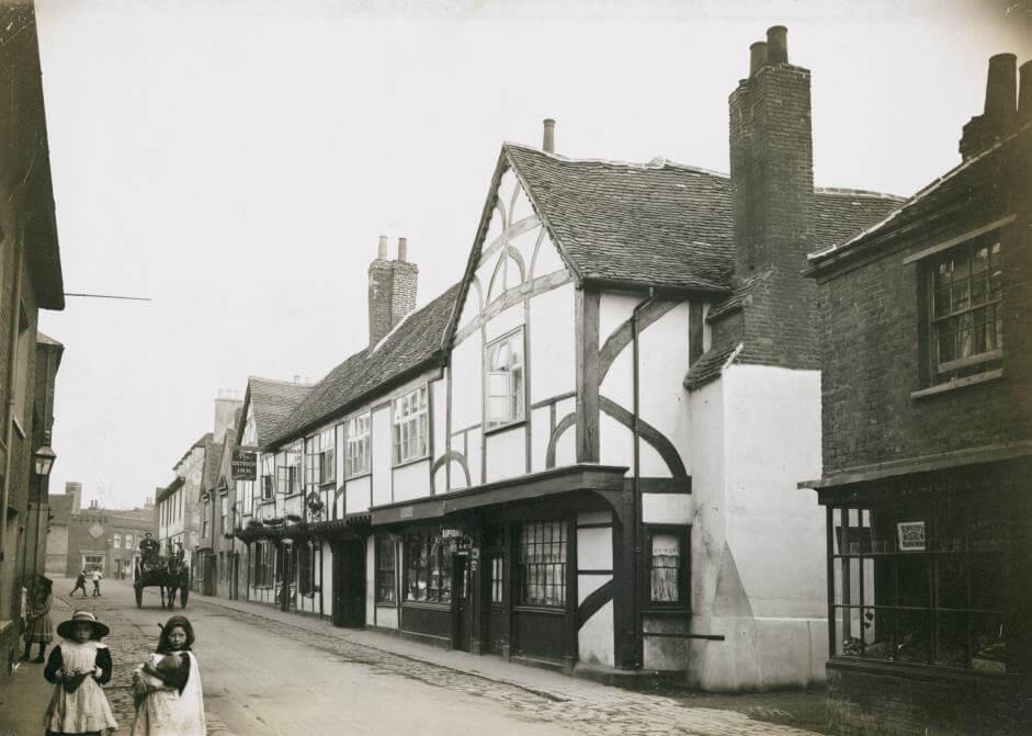 The Ostrich Inn 1900-1912