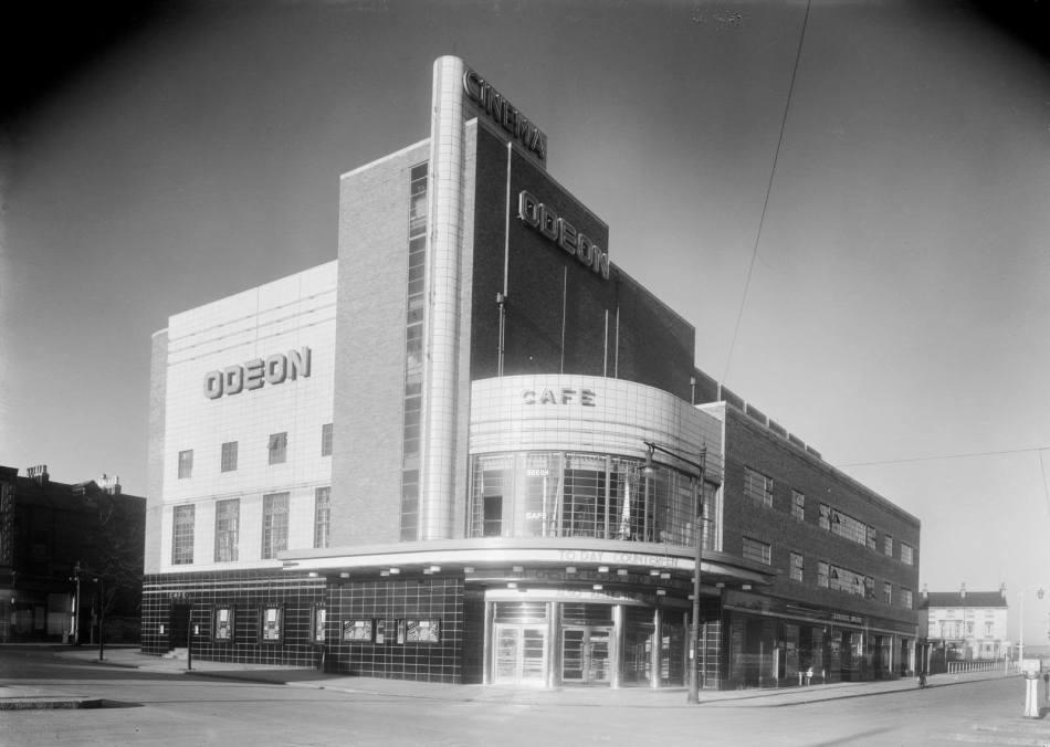 Odeon Cinema, Scarborough, North Yorkshire c Historic England BB87_03388