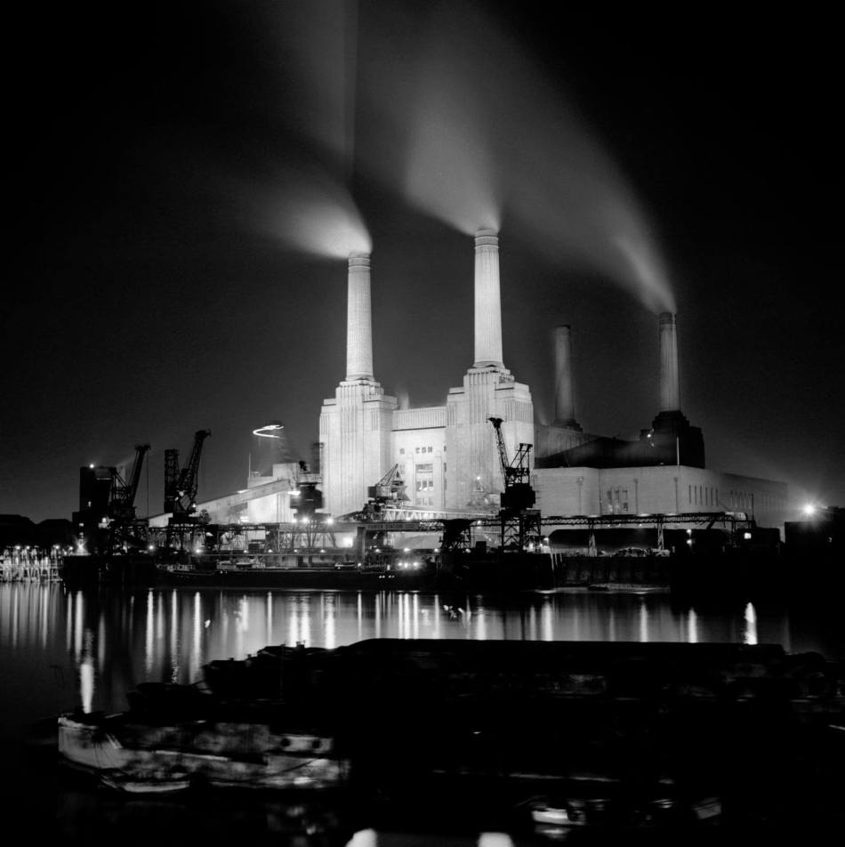 View of Battersea Power Station from the north bank of the River Thames (1945-1980) © Historic England AA98/05903