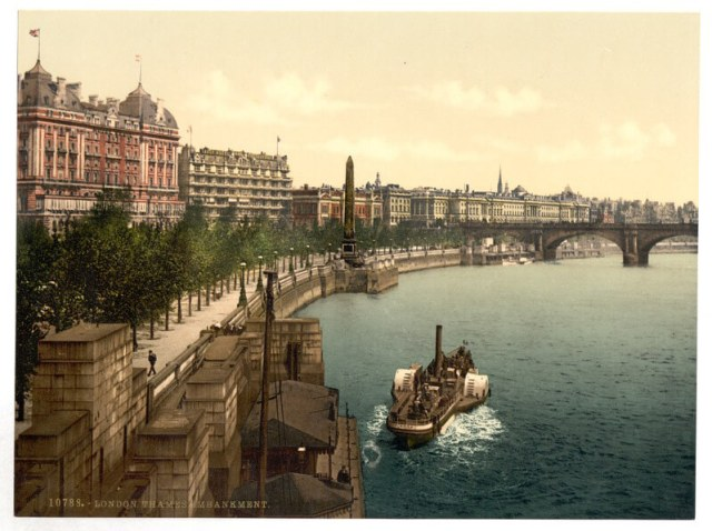 BLOG victoria embankment 1890 postcard public domain