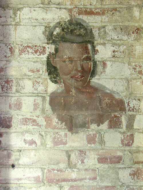 BLOG womans face mural USAAF raf shipdham evelyn simak