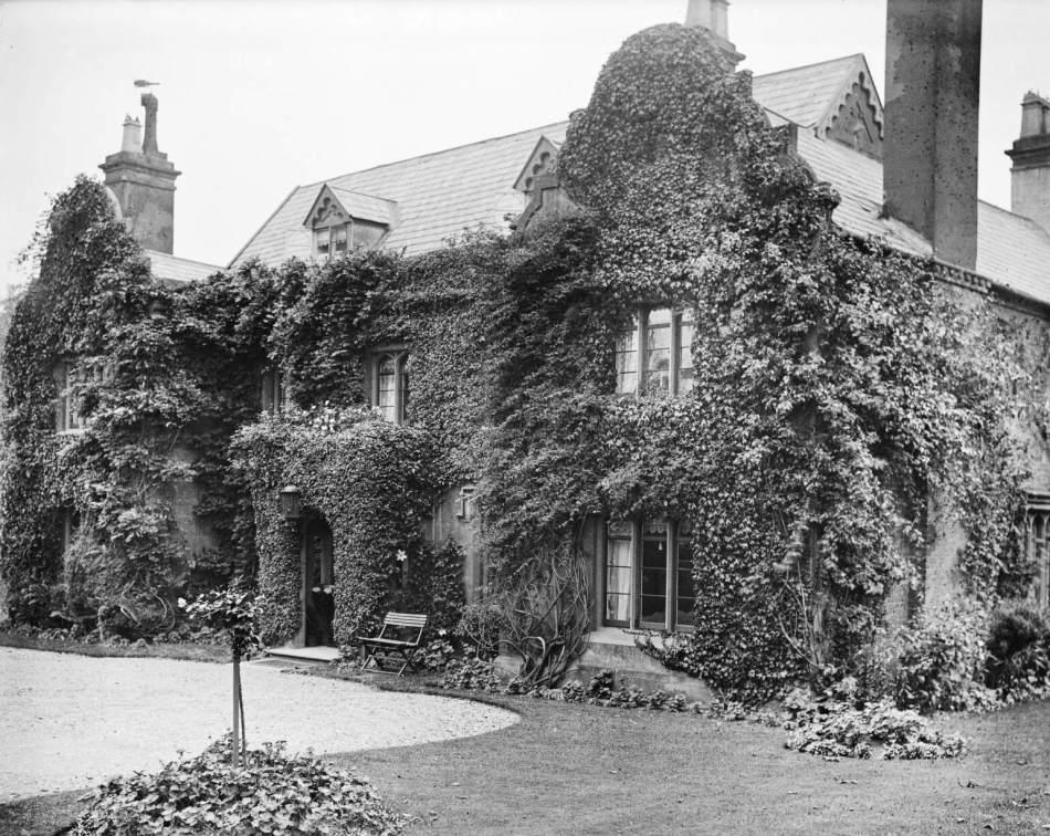 Holbeche House