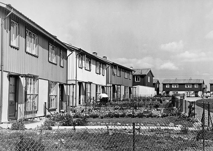 Northern road, Swindon, 1950. © Historic England Archive, John Laing Collection jlp01/01/057/16