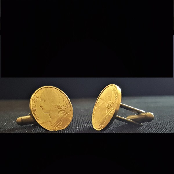 France Ten Centimes 1966 Bronze Cuflinks 20.00mm v7