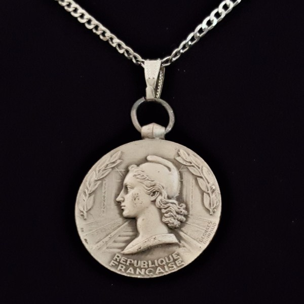 French Silver Plated 1962 French Woman Marianne by Georges Guiraud Sterling Silver Curb Chain .56 oz. 1.26 in x 32.00 x 3.00 mm 25.59 OB