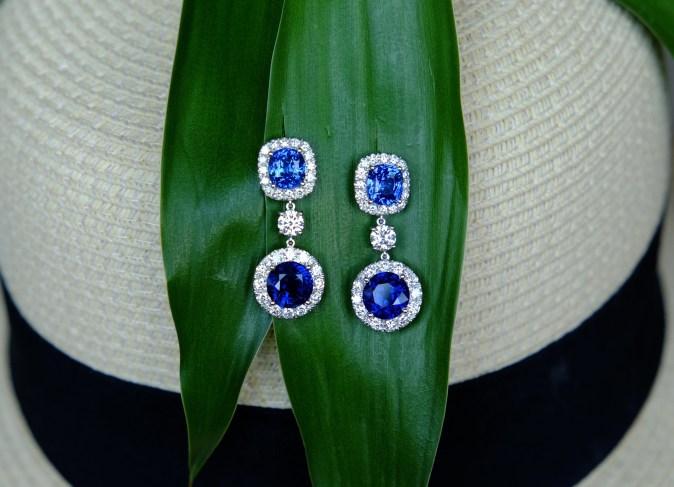 Unheat Royal Blue Sapphire Ear Drops Classic