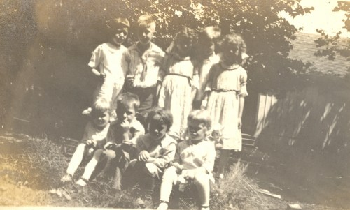 July 4th, 1916 Picnic with the Helblings, Diels, Klohrs, and Sennewalds.