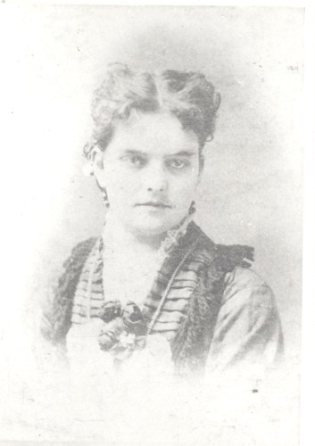 Anna Missouri Springsteen as a young woman, possibly circa 1873? (age 18, when she married?)