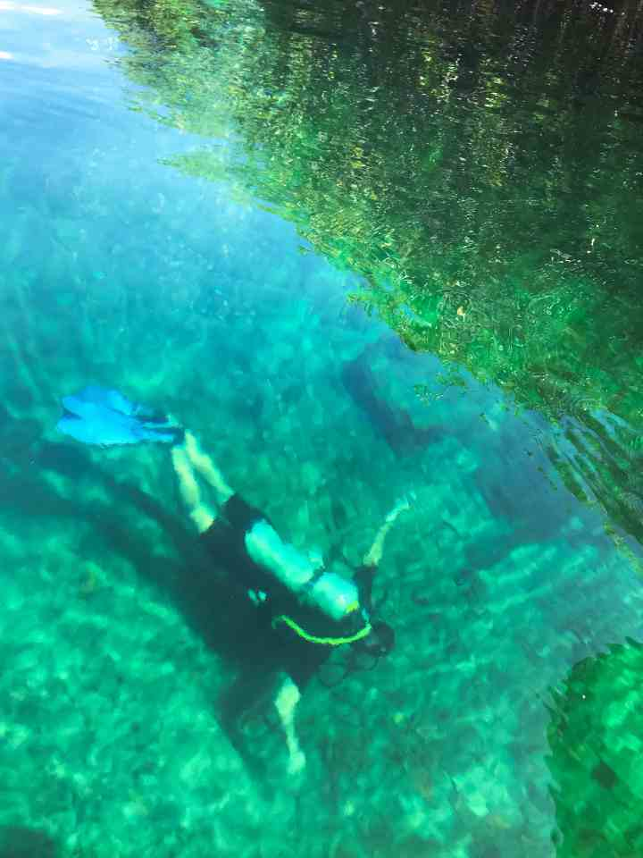 The best cenotes in Mexico | herlifeadventures.com | #mexico #mexicotravel #mexicopacking #wheretostay #hiddengem #mexicovacation #travelhacks #travelguide #adventuretravel #traveltips #northamerica #airbnb #traveldestinations #travelexperience #bestbeach #cenote #beautifulplaces #adventure #explore