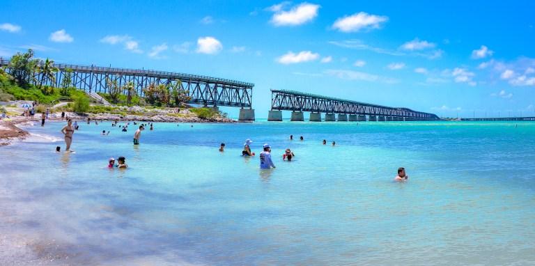 Bahia Honda State Park Florida | herlifeadventures.blog | #traveltips #usdestinations #travelhacks #travelguide #adventuretravel #roadtrip #nationalpark #nationalparkroadtrip #travelpacking