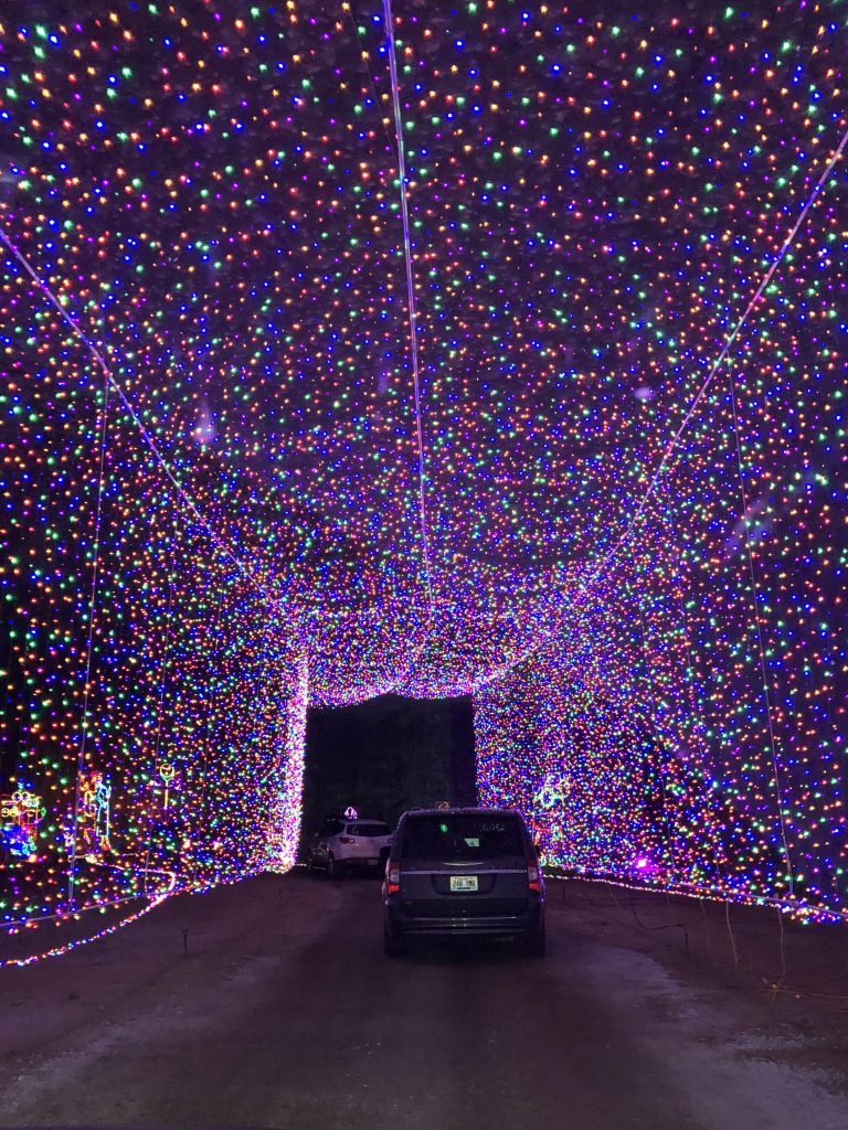 The Tunnel of Lights at Lights Under Louisville | www.herlifeinruins.com