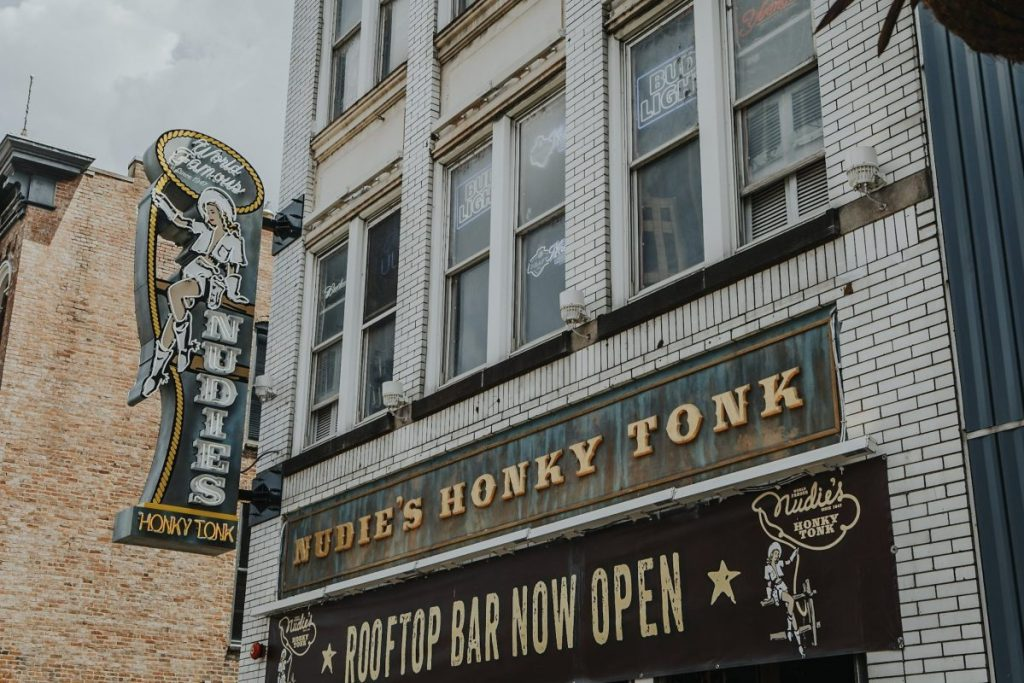 Nudie's Honky Tonk | The Ultimate Guide to Nashville's Lower Broadway | Her Life in Ruins