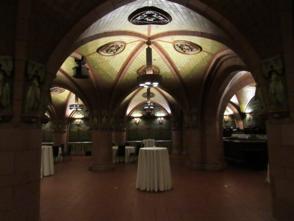 The Seelbach Rathskeller | Her Life in Ruins