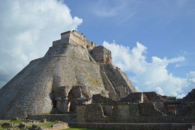pyramid 568001 640 7 piramides que haran inolvidable tu viaje a mexico i216838