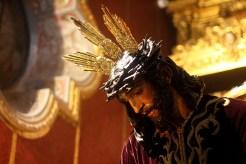 BESAMANOS JESUS 018