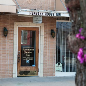 Come Visit Hermann House Inn