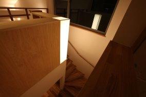階段照明 造作 行燈照明