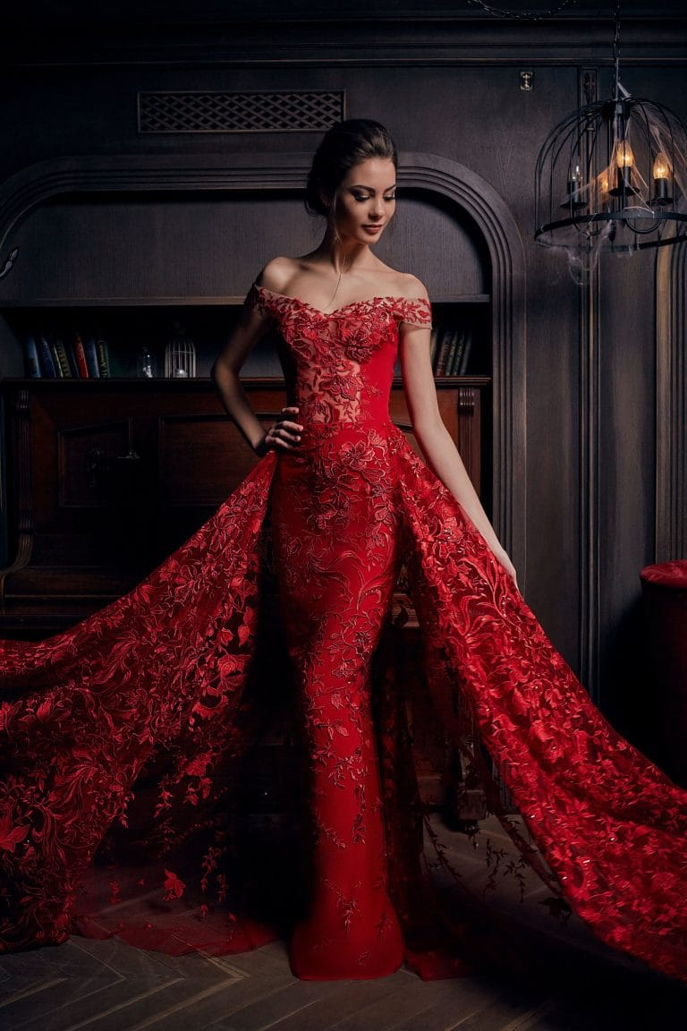 robe de soirée et bijoux