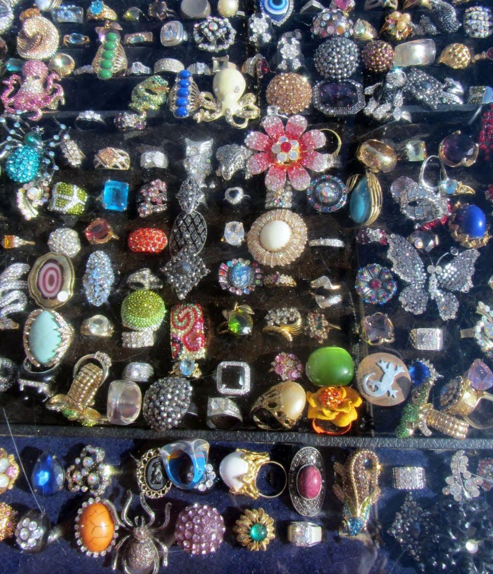 bijoux fantaisies de couleur