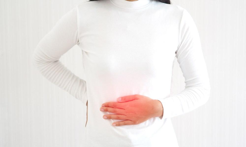 Hernioplastia: Mulher com hérnia