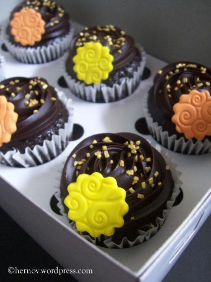 irma's-mcg-cupcakes-02