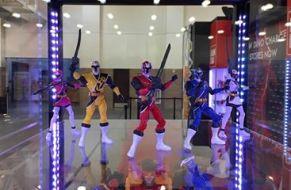 Power Morphicon 2016 Power Rangers Ninja Steel Figures
